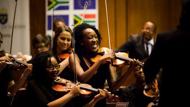 MIAGI Youth Orchestra »100 Jahre Mandela«